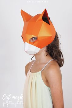 Easy to make, printable Cat mask for kids and adults. This papercraft cat mask you can make in one colour or in three to make it even more real! Unique Halloween Costumes, Easy Costumes, Paper Face Mask, Low Poly Mask, Cardboard Mask, Printable Masks, Animal Costumes, Cat Mask, Animal Masks
