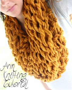 DIY ARM KNITTING {INFINITY SCARF TUTORIAL} // DIY confessions