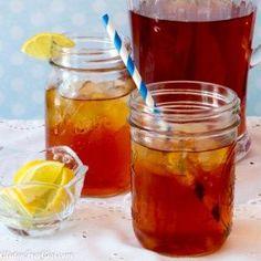 Refreshing Southern Sweet Tea - #glutenfree #tea #drink #cheers #sweettea #beverage #summer #food #recipe #july4