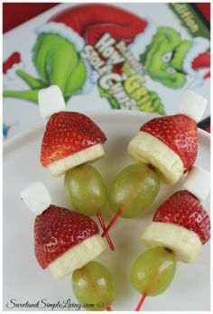 Grinch Fruit Kabobs!  We had a blast making these tonight!  Easy and fun for the kiddos!