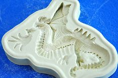Cake Decorating Bagshot : 1000+ images about Dragon Party Ideas on Pinterest ...