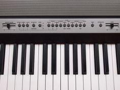 Korg SP250 digitale piano close