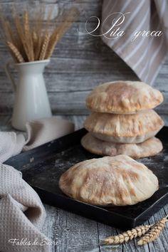 Gyros Pita, Greek Pita, Bread Recipes, Cooking Recipes, Good Food, Yummy Food, Pita Bread, Cannoli, Snacks