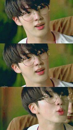 Jin so handsome Seokjin, Kim Namjoon, Jung Hoseok, Bts Jin, Jimin, Bts Bangtan Boy, Foto Bts, Btob, Queen Style