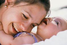 La llegada de tu bebé es el momento más dulce que puedas experimentar como mujer. Prepárate con esta guía básica para la mamá primeriza.