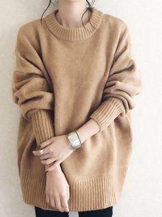 ファッション ファッション in 2019 Fashion Over 40, Fashion 2020, Asian Fashion, Vintage Outfits, Vintage Fashion, Casual Sweaters, Knitting Designs, Knitting Ideas, Sweater Weather