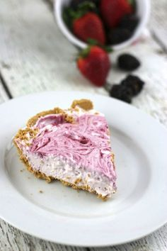 Very Berry Greek Yogurt Cheesecake!
