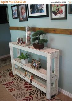 Diy rustic sofa table rustic console table industrial rustic console table home decor painted furniture rustic furniture kitchen design ideas 2019 Pallet Crafts, Diy Pallet Projects, Wood Projects, Outdoor Projects, Pallet Furniture, Rustic Furniture, Painted Furniture, Furniture Plans, Furniture Buyers