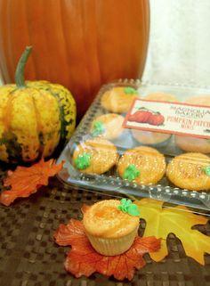 Mini cupcakes de calabaza. #MagnoliaBakery #Temporada #Calabaza