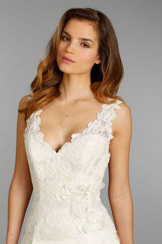 10 New Wedding Dresses for Romantic Glamorous Brides | OneWed
