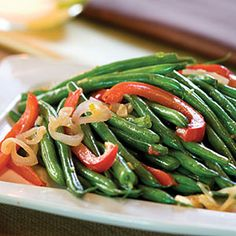 Green Bean-and-Red Bell Pepper Toss | Christmas Holiday Side Dish Recipes - Southern Living Mobile