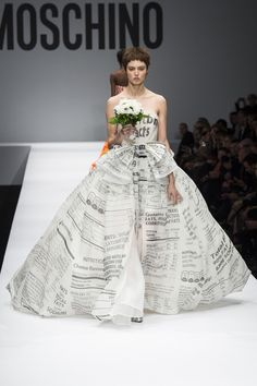 Nobody will really get married in a newspaper dress. maybe they won't notice if I carry this sourface. Moschino Fall 2014 RTW - Runway Photos - Fashion Week - Runway, Fashion Shows and Collections - Vogue News Fashion, Fashion Week 2015, Fashion Moda, Love Fashion, High Fashion, Fashion Show, Fashion Design, Milano Fashion Week, Review Fashion