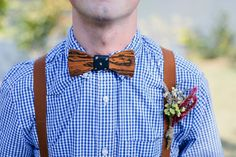 Dřevěný motýlek pro ženicha *** Wooden bow for a groom  Rustic Wedding Inspiration | Free People Blog #freepeople