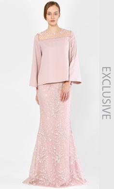 Alia B. The Kurung Kedah with Full Sakura Lace in Rose Muslim Fashion, Hijab Fashion, Fashion Dresses, Wedding Dress Sleeves, Lace Dress, Wedding Dresses, Baju Kurung Moden Lace, Hijab Dress Party, Hijab Gown