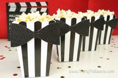 Adorable Popcorn for your Oscars Party Hollywood Party, Hollywood Birthday Parties, 13th Birthday Parties, Hollywood Glamour, Grad Parties, Popcorn Bar Party, Oscar Party, Movie Party, Party Time