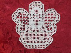Discover thousands of images about Christkind mit Perlen (Anleitung) – hookalike handiworx Crochet Christmas Decorations, Crochet Ornaments, Christmas Crochet Patterns, Crochet Snowflakes, Crochet Placemats, Crochet Doilies, Crochet Flowers, Christmas Makes, Christmas Cross
