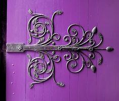 Would love hinges like these Purple Door, Purple Haze, Shades Of Purple, Door Hinges, Door Knobs, Window Hinges, Door Detail, Knobs And Knockers, Cool Doors