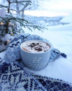 I Love Winter, Winter Wonder, Winter Time, Coffee And Books, Coffee Love, Coffee Art, Hot Coffee, Days Until Christmas, Christmas Mood