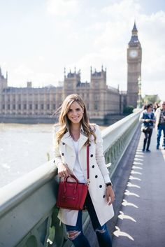 Casual Outfit in London - Gal Meets Glam - Burberry Trench in London Preppy Mode, Preppy Style, My Style, London Outfit, Fall Winter Outfits, Autumn Winter Fashion, Spring Outfits, Fall Fashion, Mode Outfits