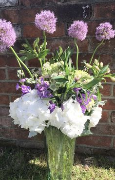 A big wow vase arrangement, all bespoke made whatever you want we can make, visit the website today!! Vase Arrangements, Silk Flower Arrangements, Helium Balloons, Balloon Arch, Fresh Flowers, Silk Flowers, Flower Wall Design, Anniversary Flowers, Sympathy Flowers