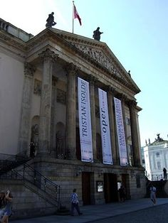 i'm really regretting the fact that i haven't visited the opera house of Berlin