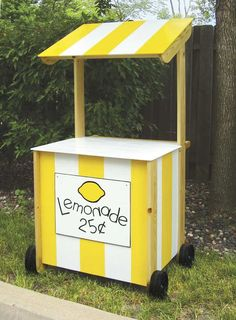 Lemonade stand woodworking plans Some images on Lemonade stand woodworking plans DIY Lemonade Stand . Woodworking Plans, Woodworking Projects, Woodworking Classes, Woodworking Chisels, Youtube Woodworking, Woodworking Basics, Woodworking Store, Woodworking Supplies, Woodworking Workshop