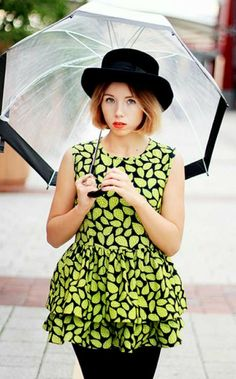 How to Chic: GET THE BLOGGERS LOOK - PRINTED DRESS