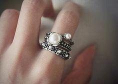 Vintage Inspired rings at Kellinsilver – vintage style rings, vintage costume rings, vintage costume jewelry rings,