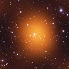 Cluster Phoenix. Aglomerado de galáxias.  Crédito imagem, Chandra X-ray Observatory.