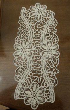 Image gallery – Page 421508846372595266 – Artofit Bobbin Lace Patterns, Machine Embroidery Patterns, Fabric Patterns, Embroidery Designs, Crochet Art, Irish Crochet, Romanian Lace, Family Drawing, Cutwork Embroidery