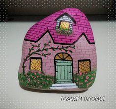 #taşboyama #tasboyama #stonepainting #stoneart #art #artist #artwork #myart #paint #painting #draw #drawing #galleryart #instaart #instaartist #handmade #ig_artistry #ig_turkey #color #colour #colorful #illustration #creative #sanat #tasarim #hobi #diy #home #homesweethome #gununkaresi