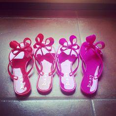 Hint.Boutique.Blog.: Our Favorite Summer Sandals!www.hintboutique.com/dizzy-sandals/