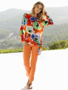 #HeineShoppingliste Tunika mit Knoten-Applikation und tollem sommerlichen Allover-Print, Hose in orange