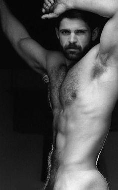 hombres peludos desnudos culos impresionantes