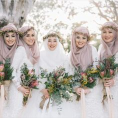 """140 Likes, 6 Comments - Perfect Muslim Wedding (@perfectmuslimwedding) on Instagram: """"Scarf and headpiece styling by Reyyan Emniyet-Ates, the creative director of  @the_haya_atelier in…"""""""
