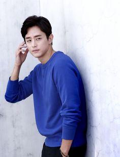 영화배우 권율 나이와 엄청난 집안 배경 Kwon Yool, K Idols, Korean Actors, Drama, Kpop, Blessing, Model, Beauty, Image