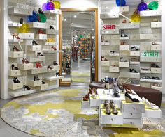 Ryan Russell wins inaugural retail design award for Aesop. Shop Interior Design, Retail Design, Store Design, Exterior Design, Shop Window Displays, Store Displays, Retail Merchandising, Shop House Plans, Shop Front Design