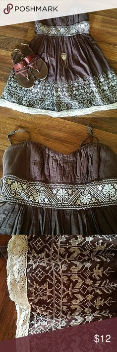 💗Speechless💗 Brown & Cream dress GUC spaghetti strap dress. Says an 11 but fits more like 8-10 Speechless Dresses