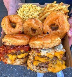 I Love Food, Good Food, Yummy Food, Yummy Lunch, Food Platters, Food Dishes, Sleepover Food, Extreme Food, Carnival Food