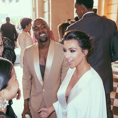 Kim Kardashian Celebrates Anniversary with Throwback Wedding Week Photos!: Photo Kim Kardashian and Kanye West got married exactly one year ago today (May and she has been remembering her wedding week for the past few days with some amazing… Kim Kardashian Kanye West, Kim Kardashian Wedding, Kanye West And Kim, Kardashian Style, Kardashian Jenner, Kardashian Beauty, Kardashian Fashion, Kardashian Family, Kardashian Photos