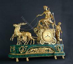 Heuvelmans Interiors gilt bronze mantleclock Empire style ...