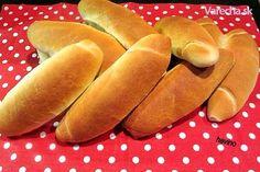 Obyčajné rožky (fotorecept) - recept   Varecha.sk Slovak Recipes, Czech Recipes, Russian Recipes, Bread Recipes, Ethnic Recipes, Hot Dog Buns, Hot Dogs, 20 Min, Crackers