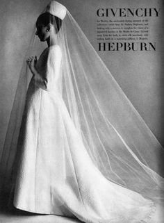"Audrey Hepburn modeling Givenchy, in Vogue US, November 1964 for the fashion editorial: ""Givenchy."" Photographed by Irving The Givenchy wedding dress is of white silk matelassé with a stunning veil. Audrey Hepburn Wedding Dress, Style Audrey Hepburn, Audrey Hepburn Givenchy, Aubrey Hepburn, Vogue Wedding, Vintage Bridal, Vintage Veils, Mode Vintage, Olivia Palermo"