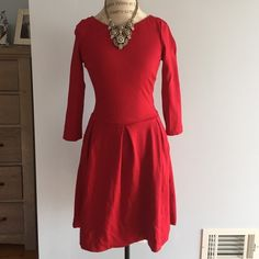❄️❄️NEW NEVER WORN BANANA REPUBLIC SIZE 4 DRESS Ruby red dress stunning smooth cotton from banana republic. Never worn but I did remove the tags a while back. Has side pockets. Pleated dress. Amazing for the holidays. Banana Republic Dresses Midi