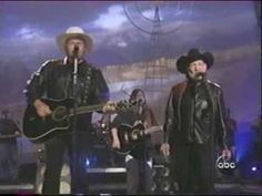 Toby Keith and Willie Nelson - Beer For My Horses