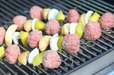 Cheeseburger kebabs