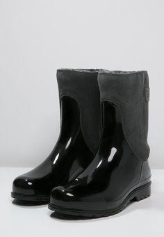 24 Best Fashionable Rain Images Rain Rain Boots Fashion