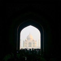 by @faizalghazaly #mytajmemory #IncredibleIndia #tajmahal Salam Jumaat.