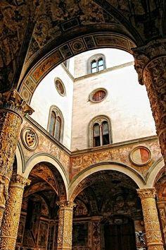 Palacio de los Medici, interior Florencia Italia