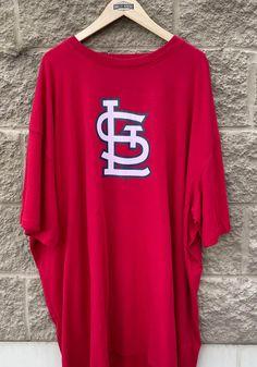 St Louis Cardinals Mens Grey Heart Soul Big and Tall T-Shirt - 2650798 Stl Cardinals, St Louis Cardinals, Big And Tall T Shirts, Great Books, Saints, Graphic Sweatshirt, Grey, Sweatshirts, Heart